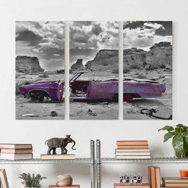Produktfoto Leinwandbild 3-teilig - Pink Cadillac - Hoch 2:1, vergrößerte Ansicht in Wohnambiente, Artikelnummer 213151-XWA