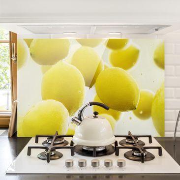 Produktfoto Spritzschutz Glas - Zitronen im Wasser - Quer 2:3