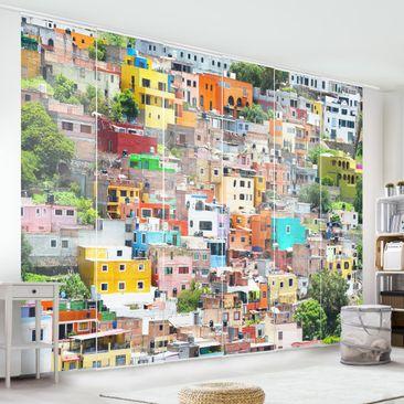 Produktfoto Schiebegardinen Set - Farbige Häuserfront Guanajuato - 6 Flächenvorhänge