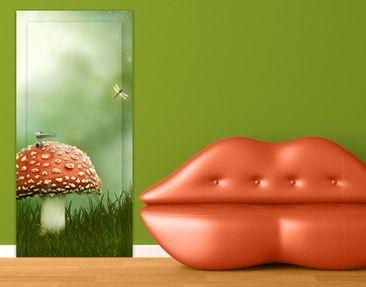 Produktfoto Türtapete Wald selbstklebend - Fliegenpilz