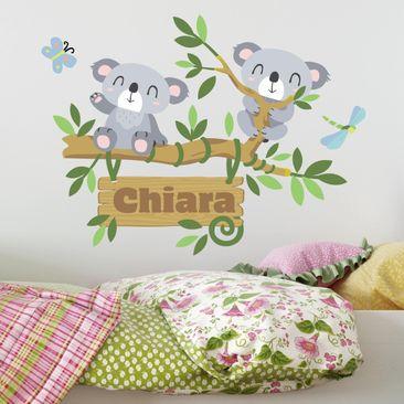 Immagine del prodotto Adesivo murale Koala e albero con testo personalizzato