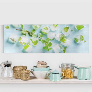 Produktfoto Leinwandbild - Eiswürfel mit Minzblättern - Panorama Quer, vergrößerte Ansicht in Wohnambiente, Artikelnummer 221350-XWA