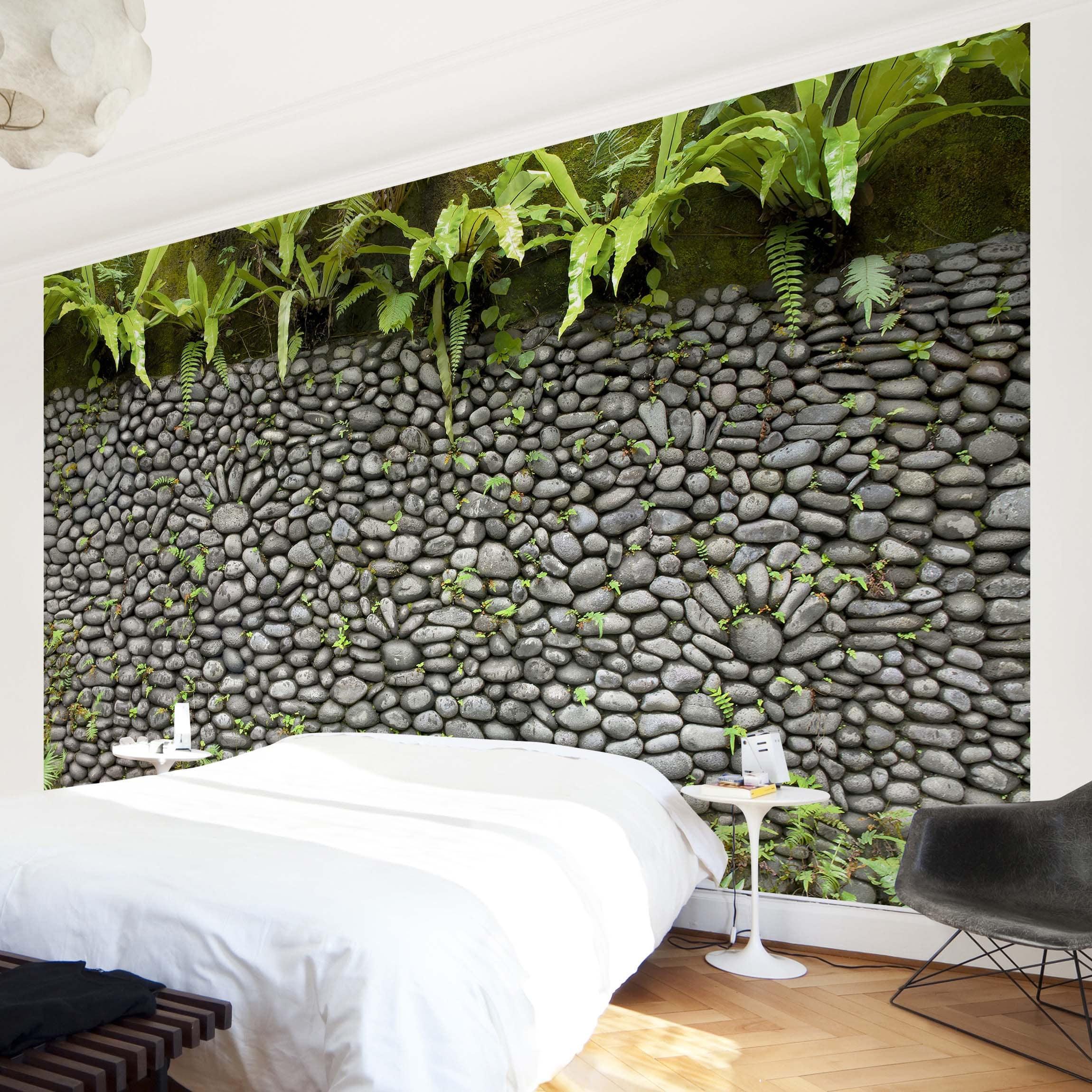 tapete selbstklebend steinwand mit pflanzen wandbild querformat. Black Bedroom Furniture Sets. Home Design Ideas