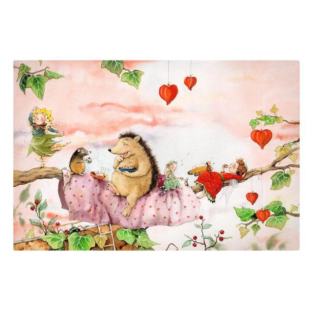 Produktfoto Leinwandbild - Erdbeerinchen Erdbeerfee - Auf dem Ast - Querformat 2:3, Frontalansicht, Artikelnummer 225640-FF