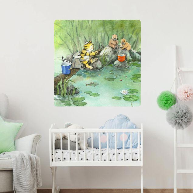 Produktfoto Selbstklebendes Wandbild - Kleiner Tiger - Beim Angeln