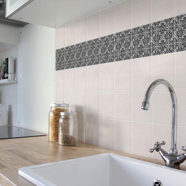 Produktfoto Fliesen Bordüre - Dunkelgrau Weiß Muster Serie No.09 - 15cm x 15cm Fliesensticker Set