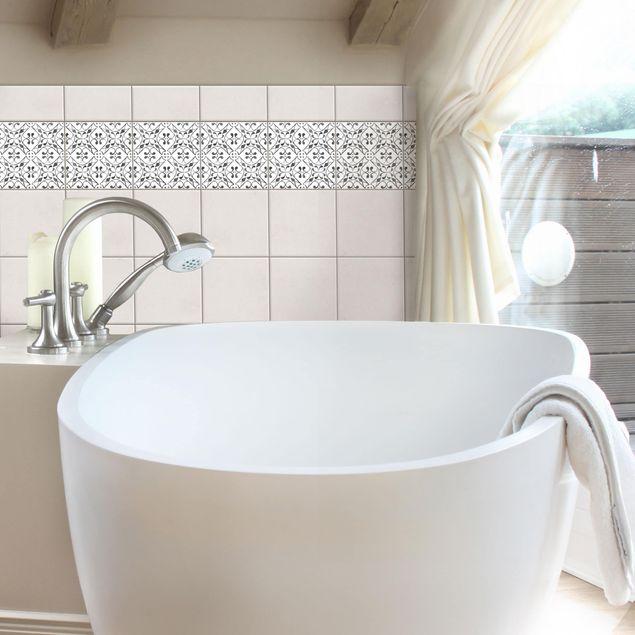Produktfoto Fliesen Bordüre - Grau Weiß Muster Serie No.3 - 15cm x 15cm Fliesensticker Set