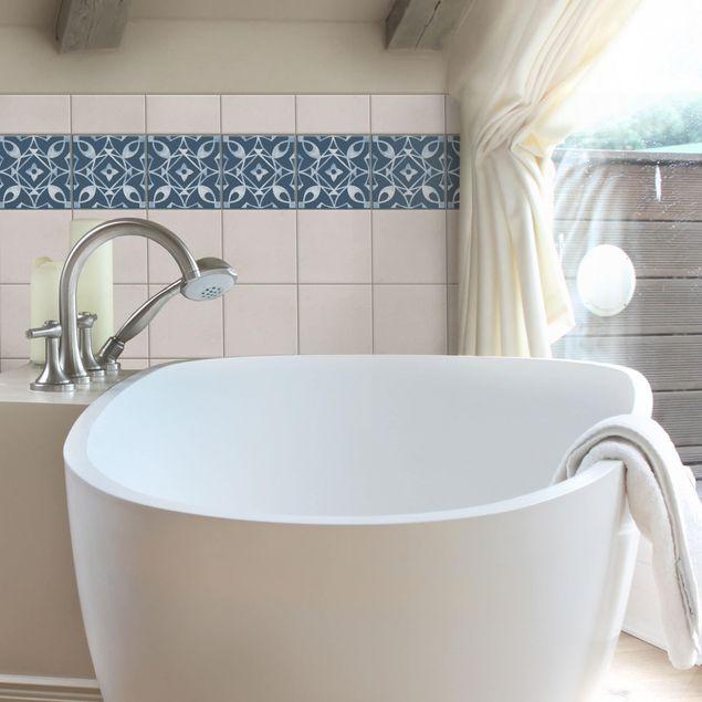Produktfoto Fliesen Bordüre - Muster Dunkelblau Weiß Serie No.8 - 15cm x 15cm Fliesensticker Set