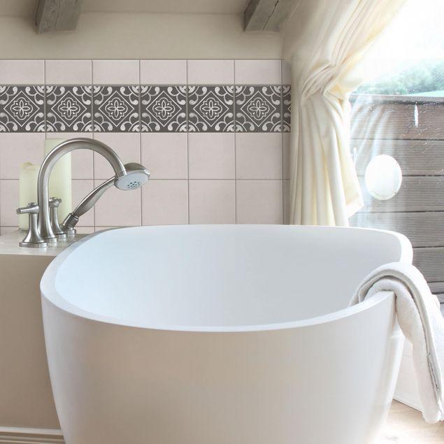 Produktfoto Fliesen Bordüre - Muster Dunkelgrau Weiß Serie No.02 - 15cm x 15cm Fliesensticker Set
