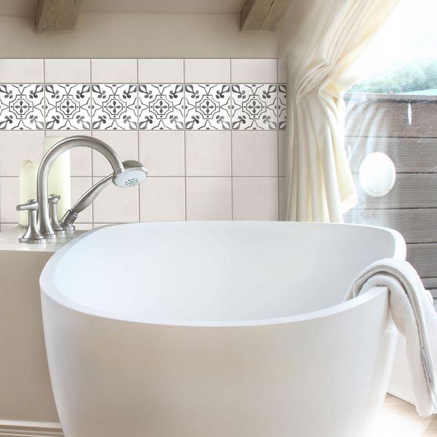 Produktfoto Fliesen Bordüre - Muster Grau Weiß Serie No.9 - 15cm x 15cm Fliesensticker Set