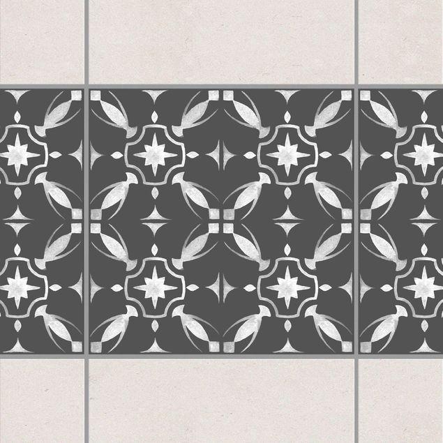 Produktfoto Fliesen Bordüre - Dunkelgrau Weiß Muster Serie No.01 - 20cm x 20cm Fliesensticker Set