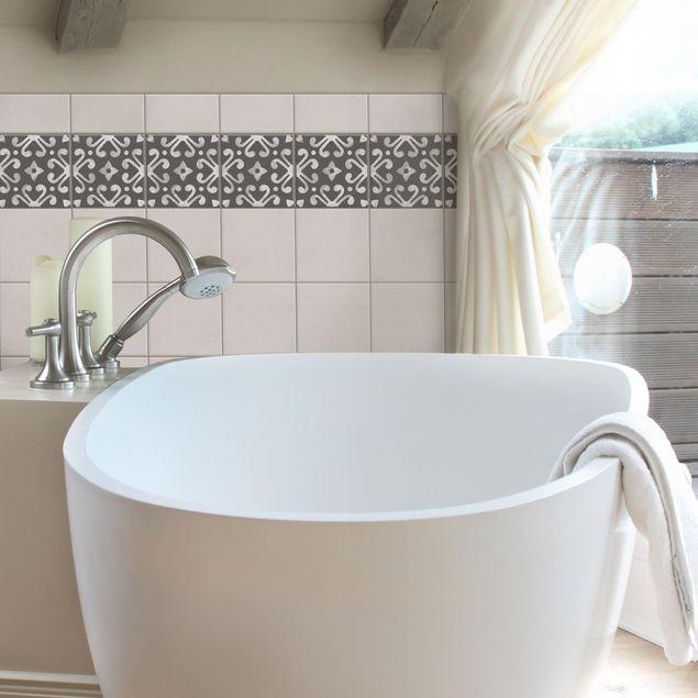 Produktfoto Fliesen Bordüre - Muster Dunkelgrau Weiß Serie No.07 - 20cm x 20cm Fliesensticker Set