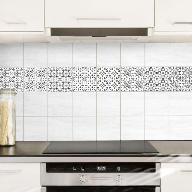 Produktfoto Fliesenaufkleber 9er Set - Grau Weiß Muster Serie - 10cm x 10cm Fliesensticker Set