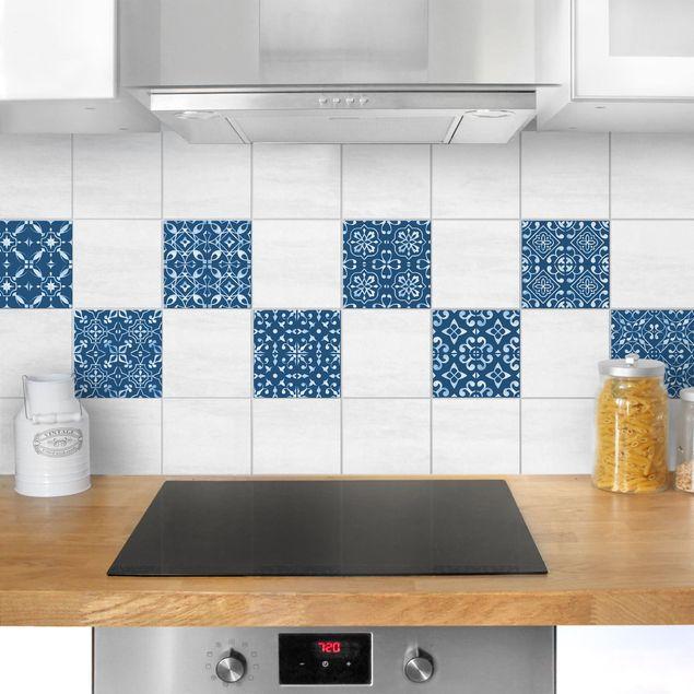 Produktfoto Fliesenaufkleber 9er Set - Dunkelblau Weiß Muster Serie - 20cm x 20cm Fliesensticker Set