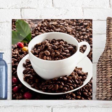 Produktfoto Glasbild - Kaffeetasse mit gerösteten Kaffeebohnen - Quadrat 1:1