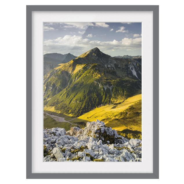 Immagine del prodotto Poster con cornice - Mountains And Valley Of The Lechtal Alps In Tirol - Verticale 4:3