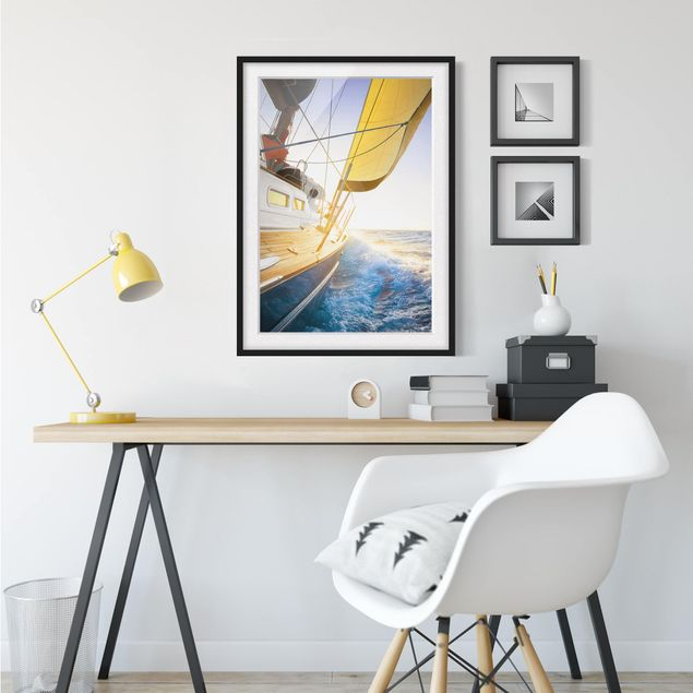 Immagine del prodotto Poster con cornice - Sailboat On Blue Sea In Sunshine - Verticale 4:3