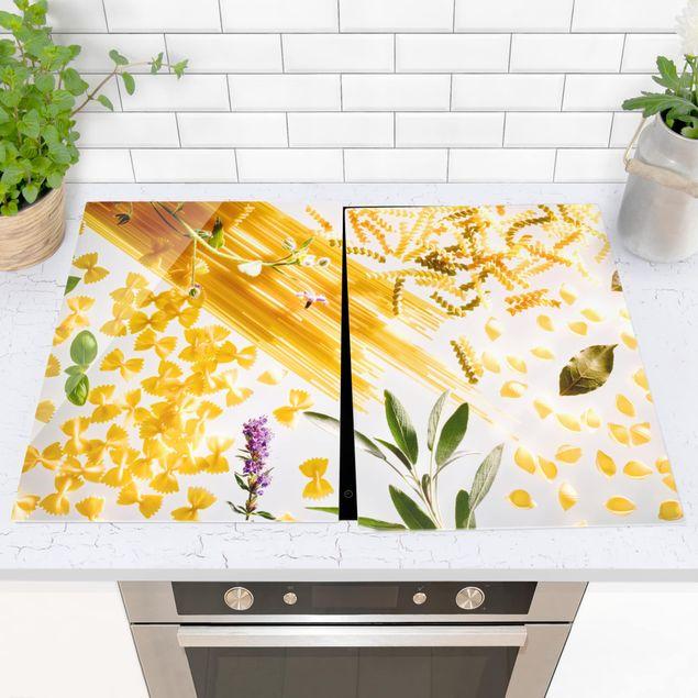 Produktfoto Herdabdeckplatte Glas - Pasta! Pasta! - 52x80cm, vergrößerte Ansicht in Wohnambiente, Artikelnummer -XWA