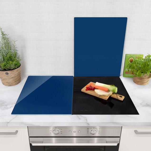 Produktfoto Herdabdeckplatte Glas - Preussisch-Blau - 52x80cm, in Wohnambiente, Artikelnummer -WA