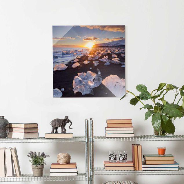 Produktfoto Glasbild - Eisbrocken am Strand Island - Quadrat 1:1