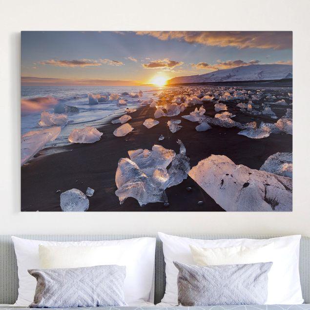 Produktfoto Leinwandbild - Eisbrocken am Strand Island - Querformat 2:3
