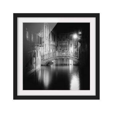 Product picture Framed print - Bridge Venice - Square...