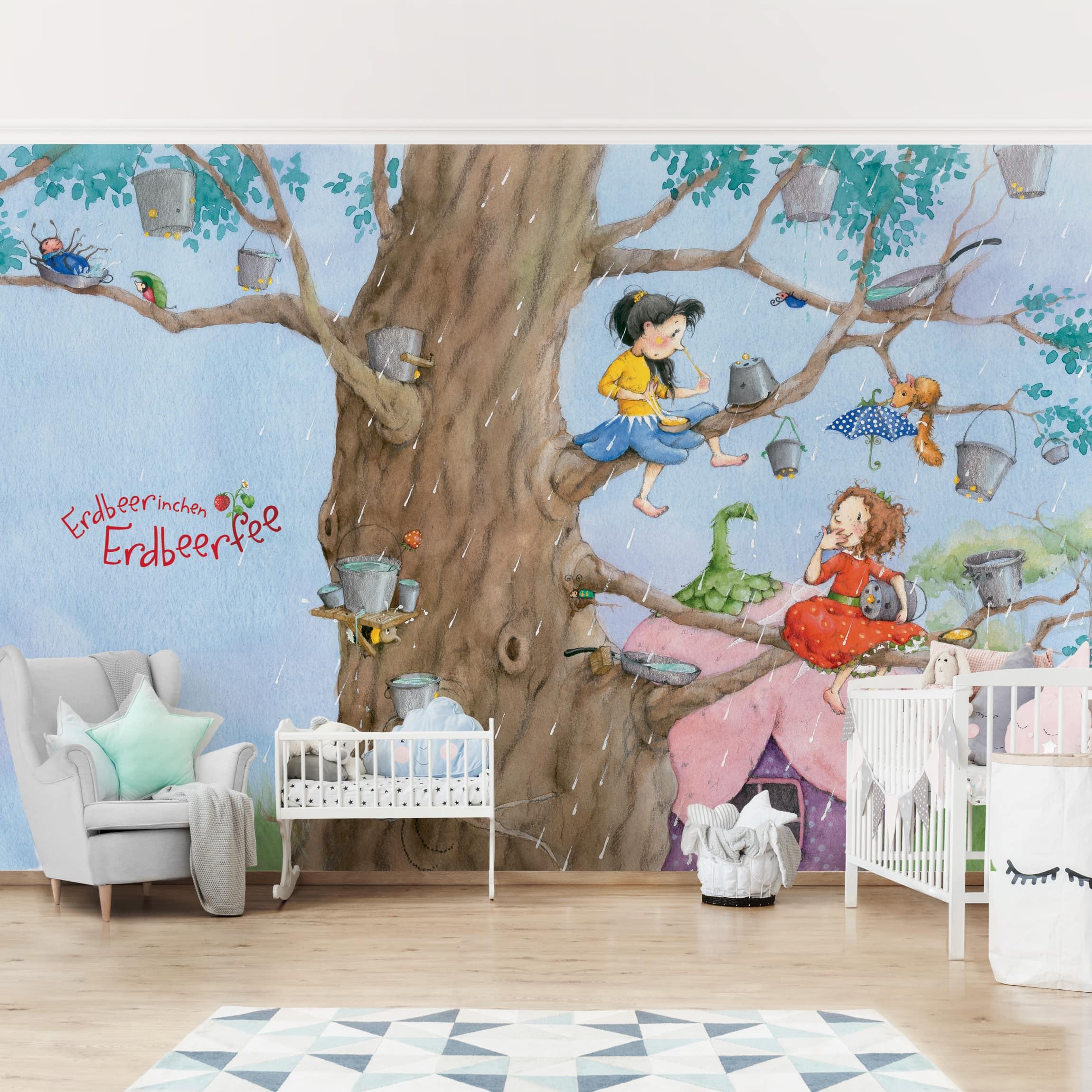 Selbstklebende Tapete Kinderzimmer - Erdbeerinchen Erdbeerfee - Es Regnet -  Fototapete Querformat