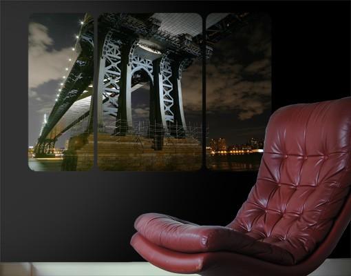 Produktfoto Selbstklebendes Wandbild Manhattan Bridge bei Nacht Triptychon II