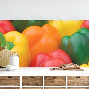 Produktfoto Küchenrückwand - Bunte Paprikaschoten vergrößerte Ansicht in Wohnambiente Artikelnummer 235728-XWA
