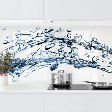 Produktfoto Küchenrückwand - Water Splash vergrößerte Ansicht in Wohnambiente Artikelnummer 235942-XWA