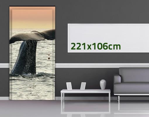 Produktfoto TürTapete Wal beim Tauchgang