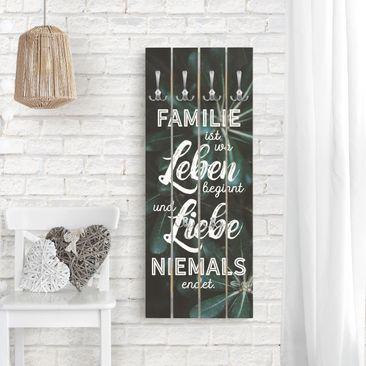 Produktfoto Wandgarderobe Holz - Tropical - Familie ist - Haken chrom Hochformat