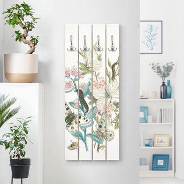 Produktfoto Wandgarderobe Holz - Britische Schmetterlinge I - Haken chrom Hochformat