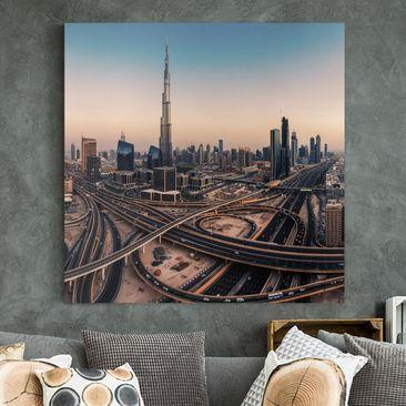 Produktfoto Leinwandbild - Abendstimmung in Dubai - Quadrat 1-1 vergrößerte Ansicht in Wohnambiente Artikelnummer 245669-XWA