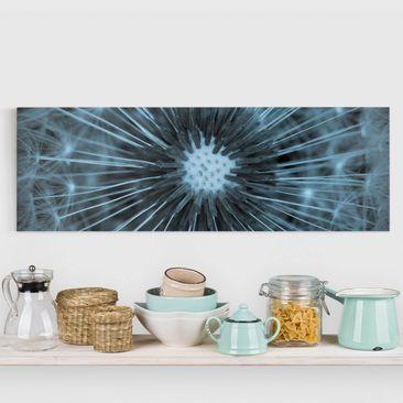 Produktfoto Leinwandbild - Blau getönte Pusteblume - Panorama 1-3 vergrößerte Ansicht in Wohnambiente Artikelnummer 245840-XWA