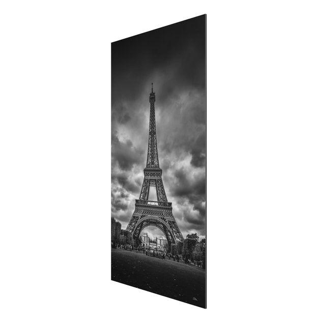Produktfoto Aluminium Print - Eiffelturm vor Wolken schwarz-weiß - Hochformat 2:1