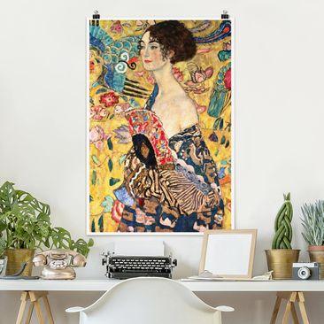 Produktfoto Poster - Gustav Klimt - Dame mit Fächer - Hochformat 3-2 vergrößerte Ansicht in Wohnambiente Artikelnummer 249896-XWA