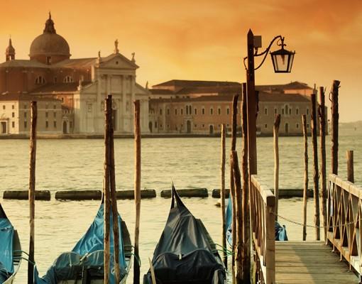 Produktfoto Selbstklebendes Wandbild Gondeln in Venedig Triptychon I