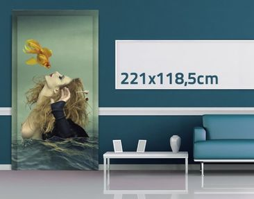 Product picture Door Photo Wall Mural Kiss Of A Goldfish