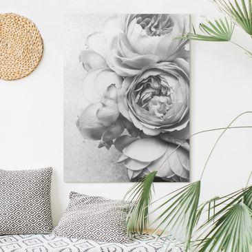 Produktfoto Leinwandbild - Pfingstrosenblüten Schwarz Weiß - Hochformat 4-3 vergrößerte Ansicht in Wohnambiente Artikelnummer 255462-XWA