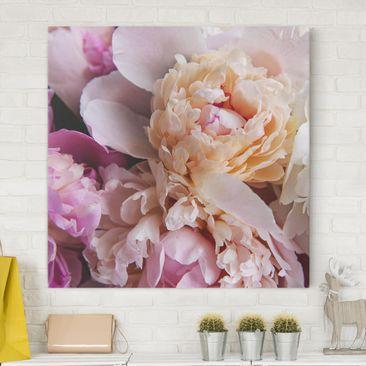 Produktfoto Leinwandbild - Blühende Pfingstrosen - Quadrat 1-1 vergrößerte Ansicht in Wohnambiente Artikelnummer 255641-XWA