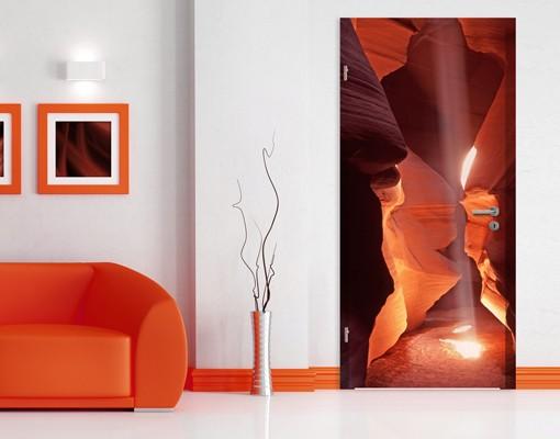 Produktfoto TürTapete Lichtschacht im Antelope Canyon