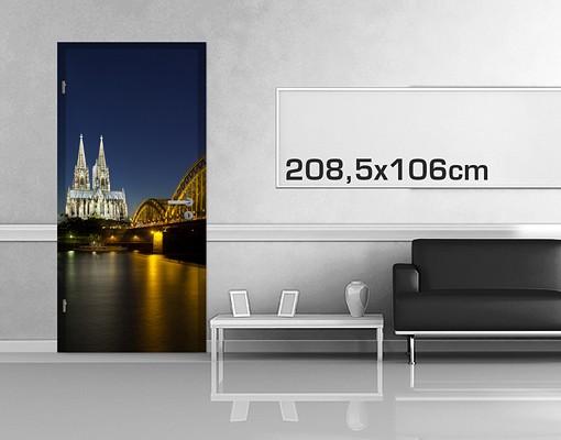 Produktfoto TürTapete Köln bei Nacht