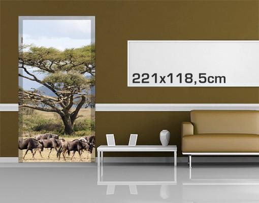 Produktfoto Türtapete Afrika selbstklebend - Gnuherde in der Savanne