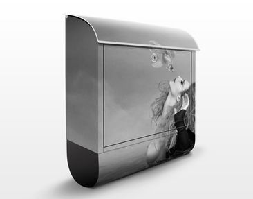 Produktfoto Design Letter Box Kiss Of A Goldfish II...
