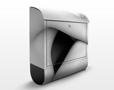 Produktfoto Design Letter Box Female Nude On The...