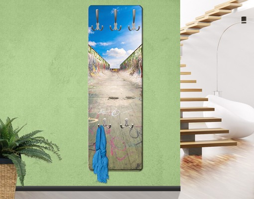 kindergarderobe skate graffiti kinderzimmer. Black Bedroom Furniture Sets. Home Design Ideas