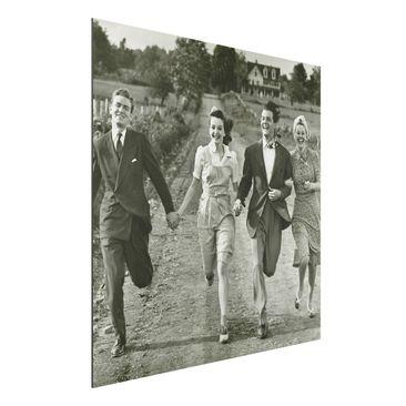 Produktfoto Aluminium Print - Wandbild Holding Hands - Quadrat 1:1