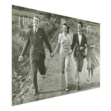 Produktfoto Aluminium Print - Wandbild Holding Hands - Quer 2:3