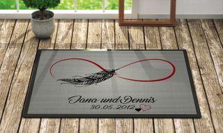 """Geschenkedirekt - Individuell bedruckte Fußmatte - """"Unendlichkeitszeichen"""" in 3 Größen waschbar bei 40°"""